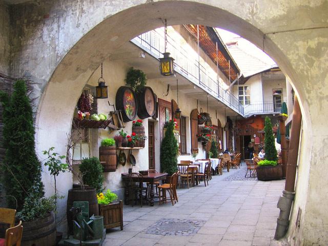 Podwórko przy ul. Józefa - zwiedzanie Krakowa